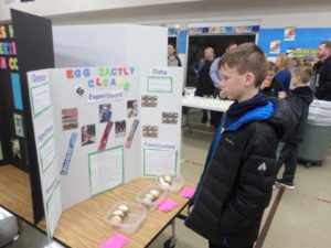 Maryville Elementary Science Night boy looking at display