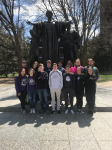 CHS WYSE team posed by statue at University of Illinois