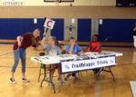 Students playing Trailblazer Trivia at DIS