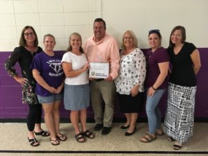 Twin Echo PTA Members Receive Certificate